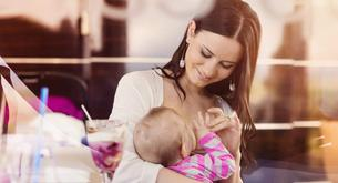 Lactancia materna en lugares públicos