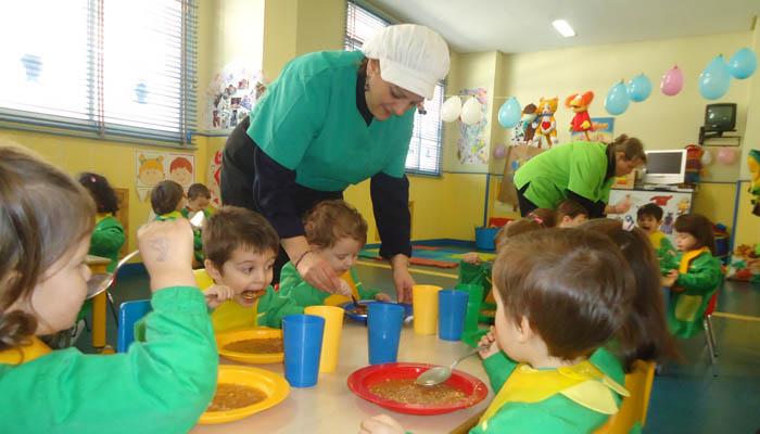 La alimentaci n infantil en el colegio 2018 solo for Comedor de escuela