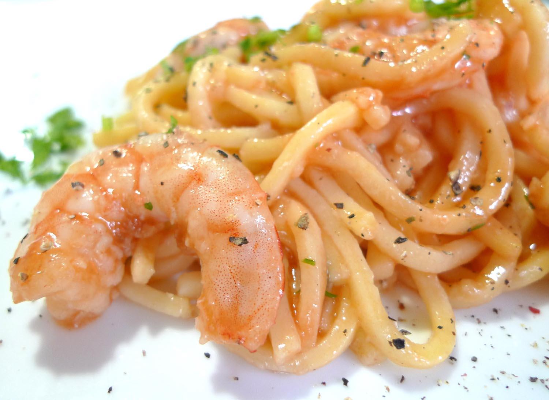 Receta para ni os espaguetis con gambas tomate y queso - Espaguetis con gambas y champinones ...