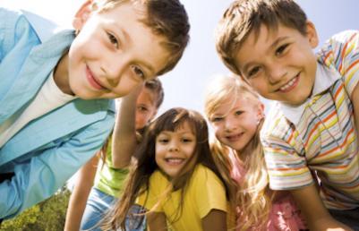 La importancia de los amigos para tus hijos