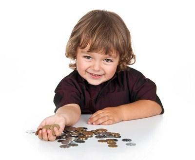 ¿Debes dar paga a tus hijos?