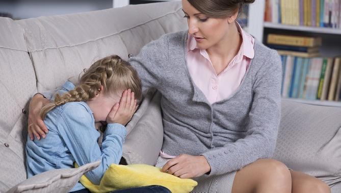 El cuidado de los niños tras la muerte de un familiar
