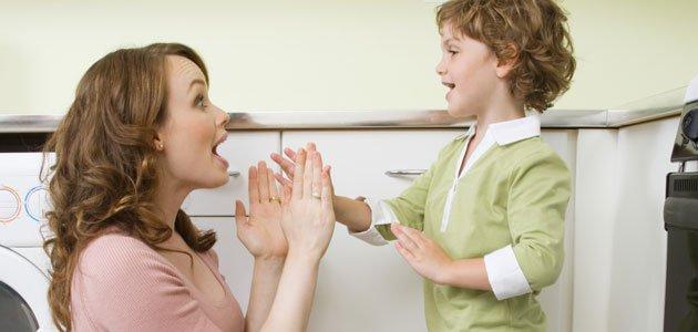 Cómo debe hablar una madre a sus hijos