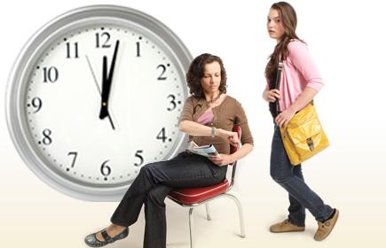 ¿Hasta qué hora debes dejar salir a tus hijos?