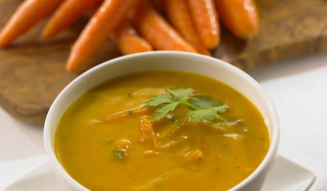 Receta para niños: sopa de zanahoria y fideos